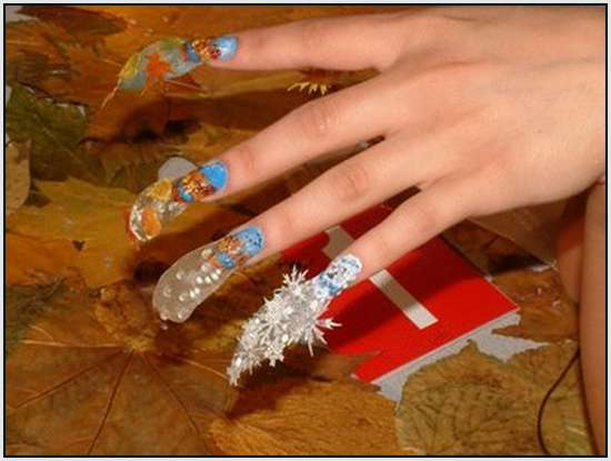 Creative-Finger-Nail-Art-11
