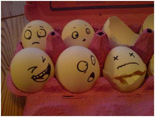 Funny-and-Clever-Egg-Photography-3