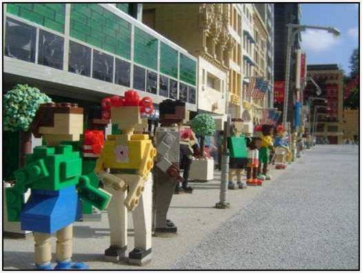 New-York-City-out-of-Lego-Bricks-23