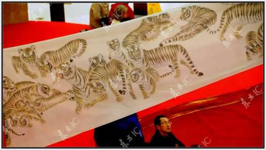 The-Scroll-With-the-Largest-Number-of-Tigers-6
