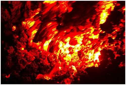 Volcanoes-Lava-10
