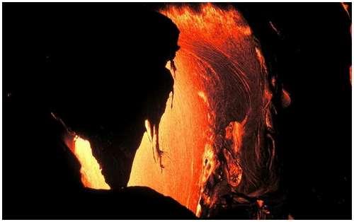 Volcanoes-Lava-14