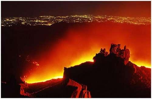 Volcanoes-Lava-2