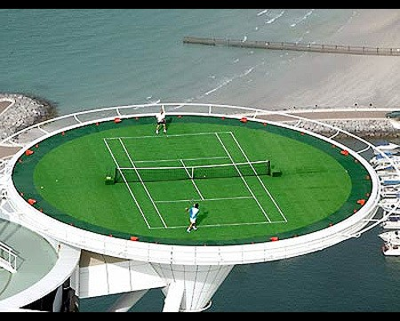 Dubai-crazy-tennis 2