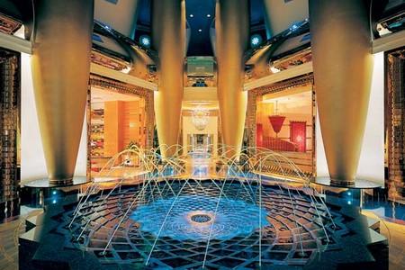 Burj-Al-Arab-Hotel-Dubai-9