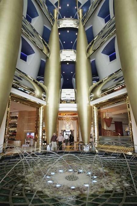 Burj-Al-Arab-Hotel-Dubai-10