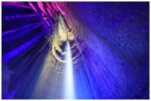 Underground-Waterfall-Ruby-Falls