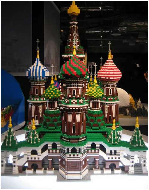 Lego-made-amazing-buildings