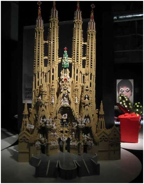 Lego-made-amazing-buildings-9