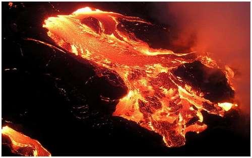 Volcanoes-Lava-13
