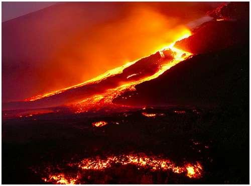 Volcanoes-Lava-5