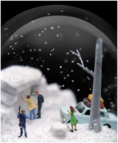 Wonderful-snow-globes-13