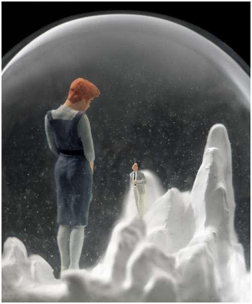 Wonderful-snow-globes-15