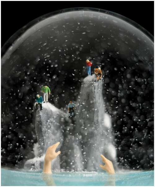 Wonderful-snow-globes-18