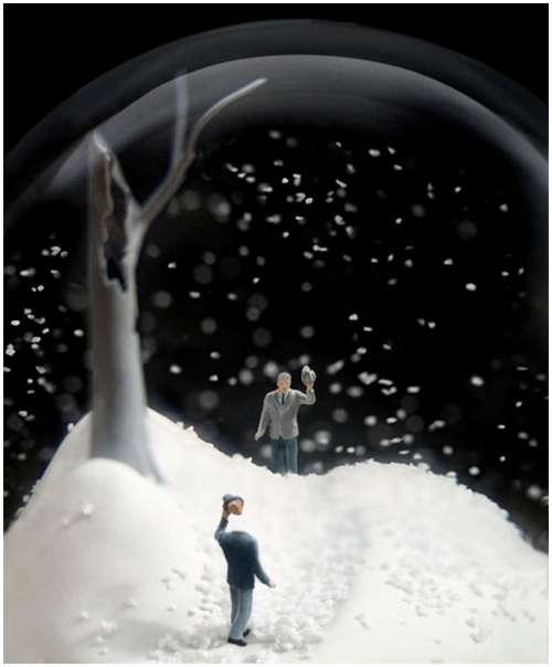 Wonderful-snow-globes-5