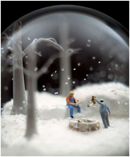 Wonderful-snow-globes-6