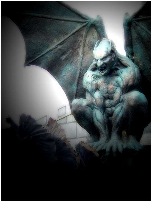 Amazing-Photos-of-Gargoyles-and-Grotesques-4