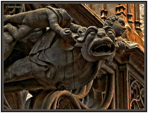 Amazing-Photos-of-Gargoyles-and-Grotesques-7