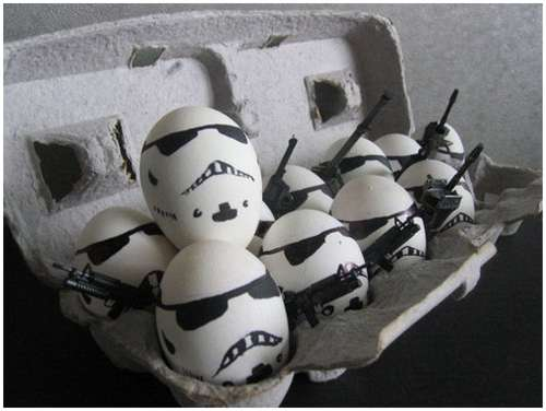 Funny-and-Clever-Egg-Photography-13