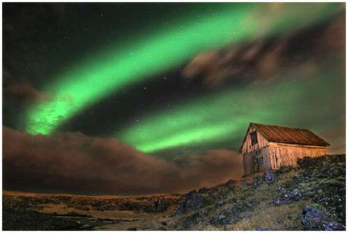 Icelandic-Aurora-Photography-8