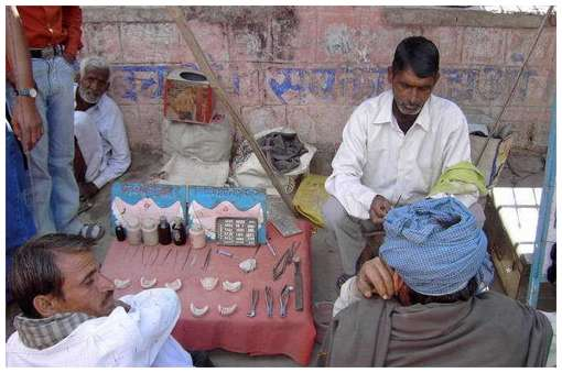 Street-Dentists-In-India-and-China-9