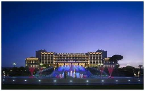 The-Mardan-Palace-Hotel-1