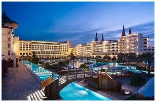 The-Mardan-Palace-Hotel-3