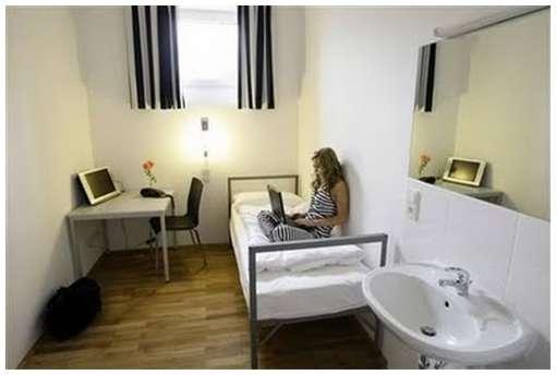 German-Prison-Hotel-4