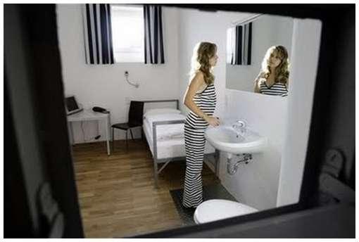 German-Prison-Hotel-6