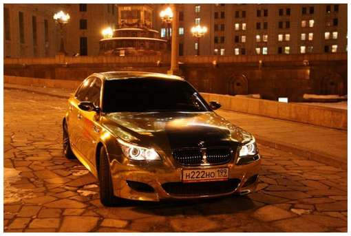 Golden-cars-on-Moscow-Streets-6