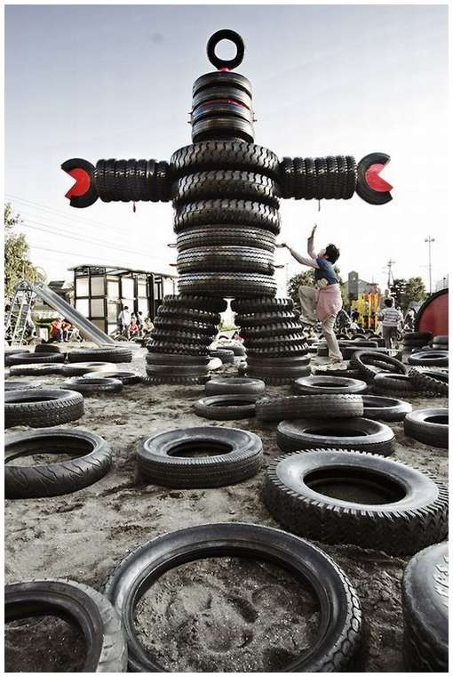 Tokyo-Tire-Playground-3