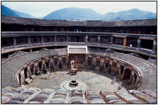 Fujian-Tulou-2