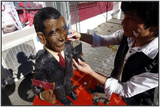 Hair-Made-Sculpture-of-Barack-Obama-10