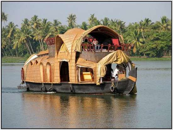 Unique-Houseboats-Called-Kettuvalloms-5