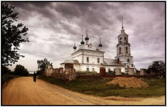 Most-Beautiful-Russian-churches-22