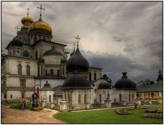 Most-Beautiful-Russian-churches-29