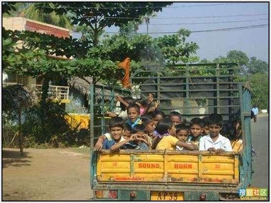 School-Buses-23