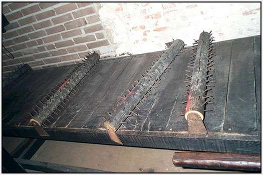 Instruments-of-Torture-11