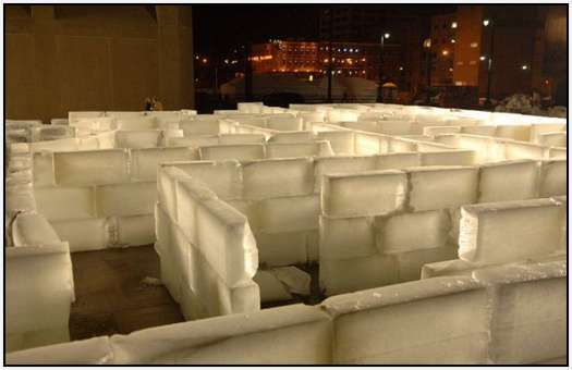 Largest-Ice-Labyrinth-11