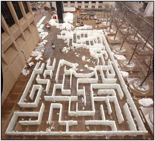 Largest-Ice-Labyrinth-12