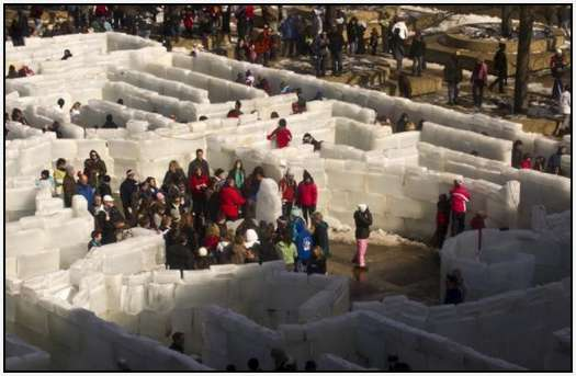 Largest-Ice-Labyrinth-17
