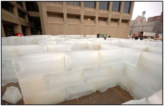 Largest-Ice-Labyrinth-8