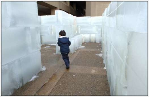 Largest-Ice-Labyrinth-9