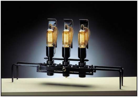 Machine-Light-Designed-by-Frank-Buchwald-6