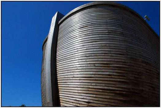 Replica-of-the-Noah-Ark-13