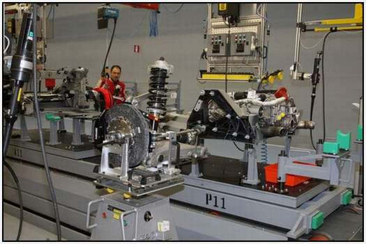 Ferrari-Production-Factory-in-Maranello-14
