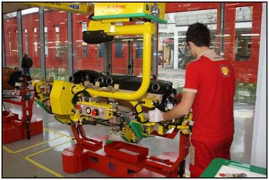 Ferrari-Production-Factory-in-Maranello-19