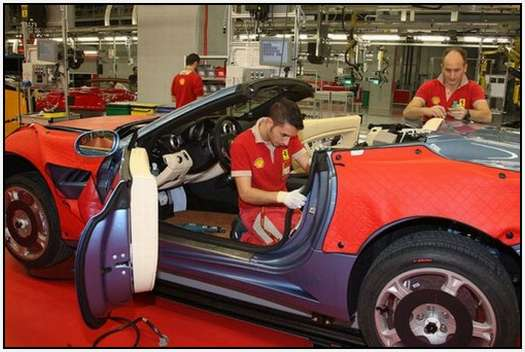 Ferrari-Production-Factory-in-Maranello-25