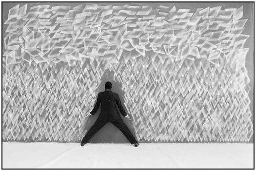 Street-Art-Created-by-Robin-Rhode-5