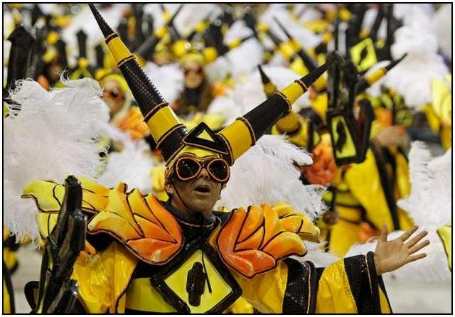 Carnival-in-Rio-de-Janeiro-10